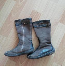 Μπότες μέγεθος 28