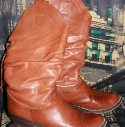 Boots demi-season, Italy, natur leather, river 39