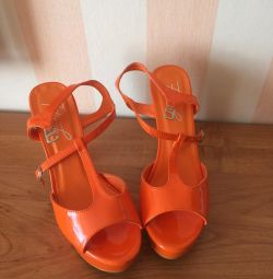 Sandals NEW