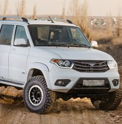 UAZ Patriot Hunter Pickup Satın Alın