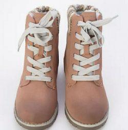Женское ботинка