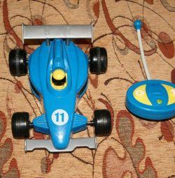 Masina de curse pe r / y