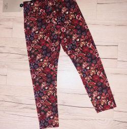 Pantaloni Zara pentru o fata de 3-4 ani