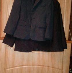 Пиджаки и брюки