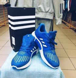 Adidas sneakers, her bedende, yeni, yaz