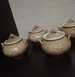 Pots for the oven