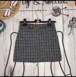 Η φούστα του Gucci