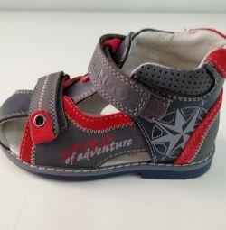 Sandale noi 23r