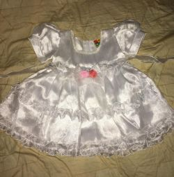 Children's dress ?