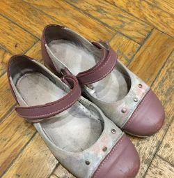 Παιδικά παπούτσια Lel, μεγέθους 31, που χρησιμοποιούνται