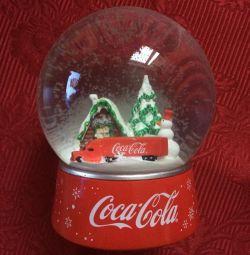 Новогодний снежный шар Coca-Cola