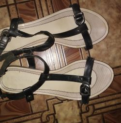 Sandale 39 r.