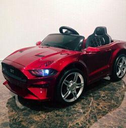 Электромобиль Ford GT