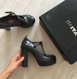 Pantofi itaita