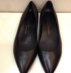 Ecco pantofi de balet din piele