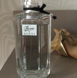 Perfumes Gucci flora