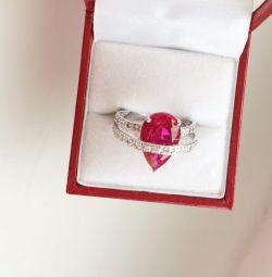 Кольцо с рубином серебро 925 размер 16,5