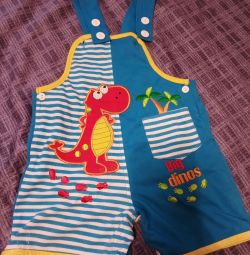 Jumpsuit-body for a boy from 6 to 12 months
