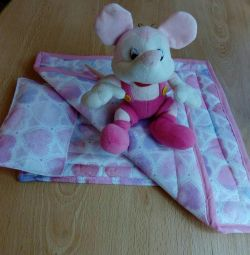 Bebekler için yatak takımı
