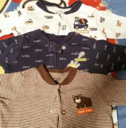 CARTERS 3 slip size for 3 months.