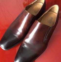Pantofi ECCO 46 mărime
