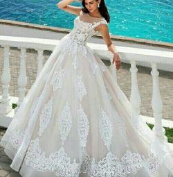 Свадебное платье кружевное Mistrelli Brita