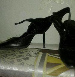 Pantofi din piele italiană 38p