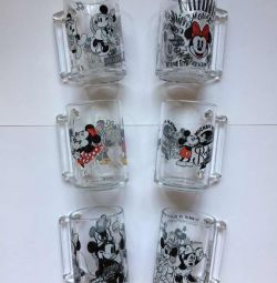 Mugs with Minnie and Mickey Mouse