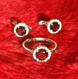 Silver earrings and ring, cubic zirconias, garnet