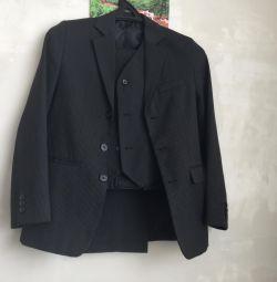 Classic suit at 152r