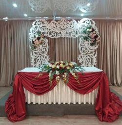 Decorațiuni de nuntă cu flori și baloane