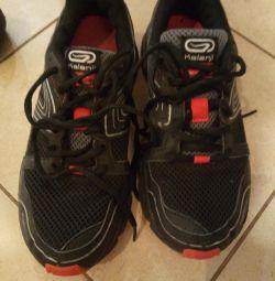 Decotlon Sneakers