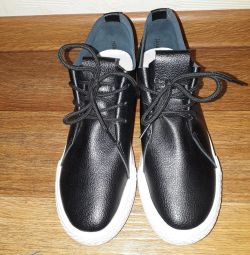 Shoes-sneakers 37.5 p.