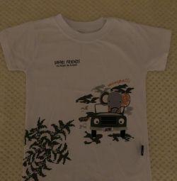 T-shirt size 110