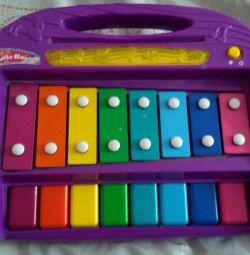 Музыкальный ксилофон