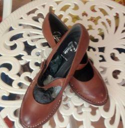 Pantofi italieni noi, făcuți manual