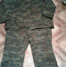 Costumul pentru vânătoare și pescuit s-a încălzit
