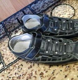 Sandale pentru băieți