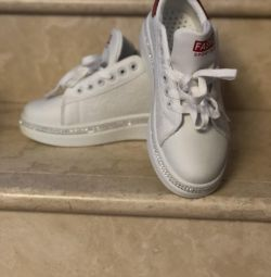 Women's sneakers with rhinestones