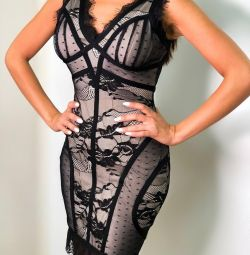 Платье с кружевом Herve Leger новое