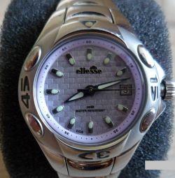 Θα πουλήσω το γυναικείο ρολόι Ellesse, την Ιταλία
