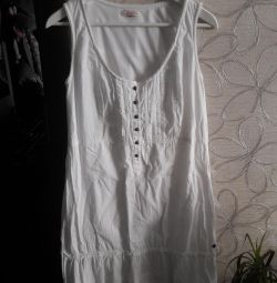 Λευκό βαμβακερό φόρεμα