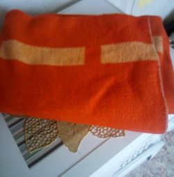 Woolen blanket for adults