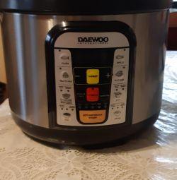 Multivarka-pressure cooker