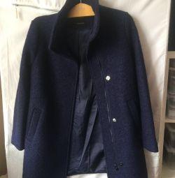 Пальто р.S шерсть 50%