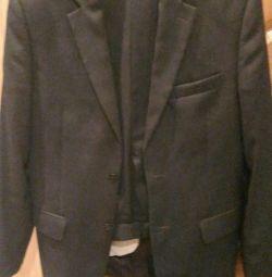 Классный мужской костюм Galardi тeмно-серого цвета