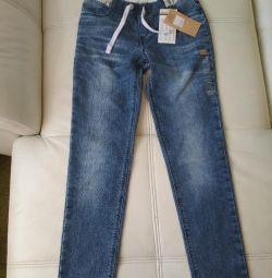 Новые джинсы 158