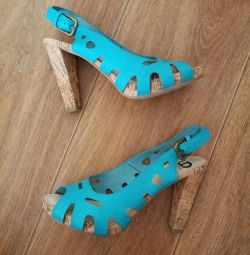 Încălțăminte pentru femei, sandale