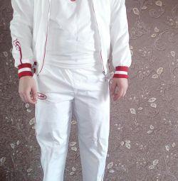 Costum sportiv bosco