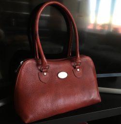 Νέα δερμάτινη τσάντα με GOA